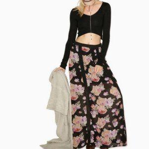 Mink Pink Light Floral Breeze Maxi Skirt Black Med